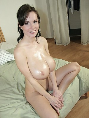 Big Oiled Tits Porn Pictures