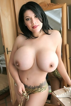 Big Busty Tits Porn Pictures